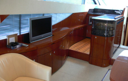 FairlineP50_3