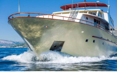 Motor yacht Korab 18