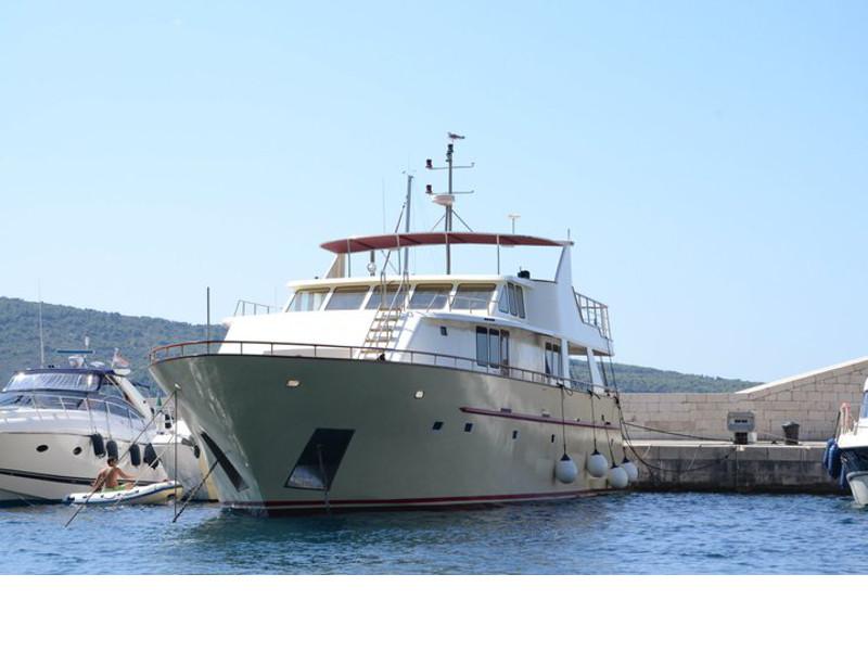 Motor yacht Korab 9