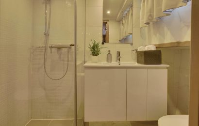 ADRIATIC HOLIDAY Bathroom (3)