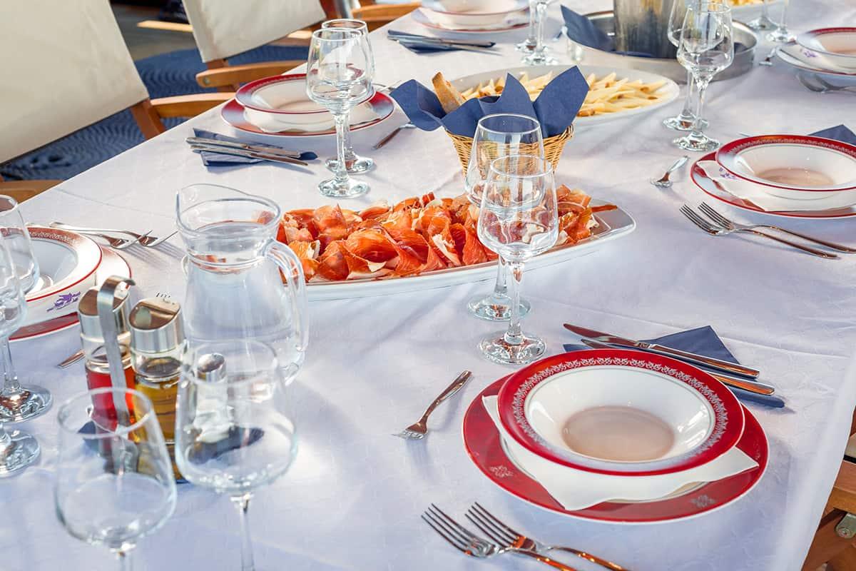 CROATIA Table decor (3)